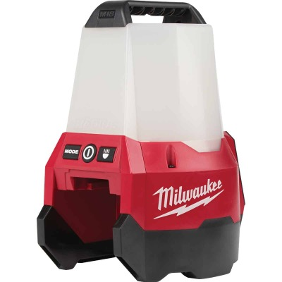 Milwaukee M18 RADIUS 18 Volt Lithium-Ion LED Cordless Work Light with Flood Mode (Bare Tool)
